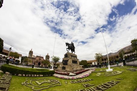 Plaza de Armas de Ayacucho 2