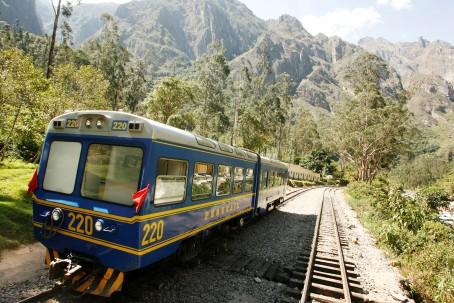 Julio del 2009.  Tren Hiram Bingham a Machu Picchu.  Fotos: Enrique Castro-Mend'vil