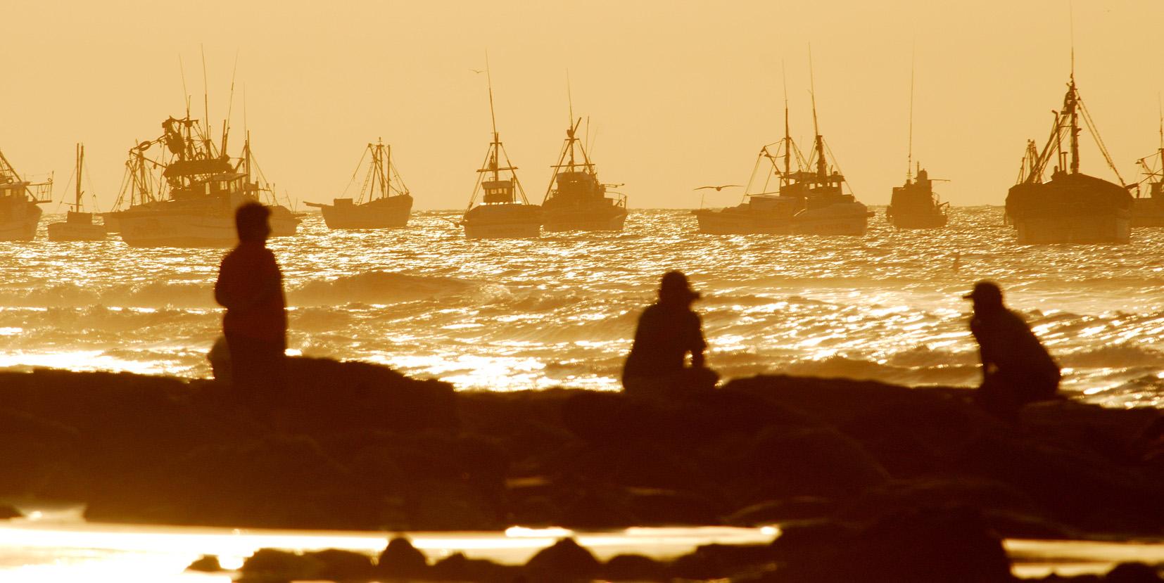 Atardecer en playa de Máncora