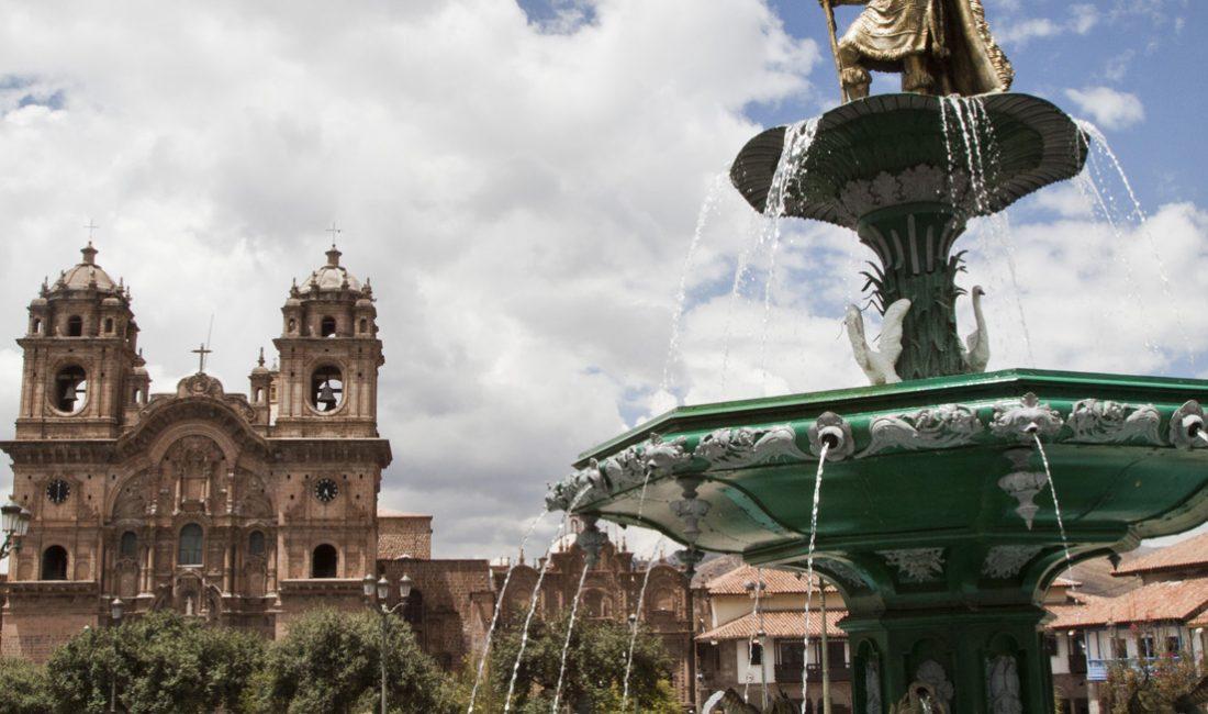 La place d'Armes de Cusco - Voyages au Pérou
