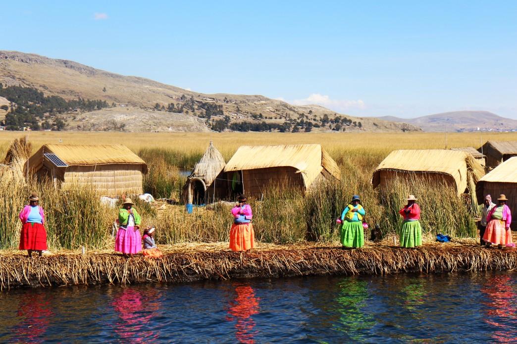 Les îles Flottantes des Uros - Voyages au Pérou